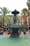 Η πηγή σε Placa Reial, Βαρκελώνη Στοκ Εικόνες