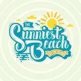 Η πιό ηλιόλουστη παραλία στην εγγραφή χειρογράφων σχεδίου ετικετών νησιών διανυσματική απεικόνιση
