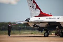 η Πολεμική Αεροπορία δηλώνει τα thunderbirds που ενώνονται Στοκ εικόνα με δικαίωμα ελεύθερης χρήσης