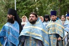 Η πομπή σε ιερό Vvedensky το θηλυκό μοναστήρι Tolgsky Στοκ εικόνα με δικαίωμα ελεύθερης χρήσης