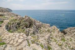 Η πορεία των μικρών φρουρίων σε Anacapri στο νησί Capri, Ιταλία στοκ εικόνα με δικαίωμα ελεύθερης χρήσης