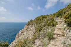 Η πορεία των μικρών φρουρίων σε Anacapri στο νησί Capri, Ιταλία στοκ εικόνα