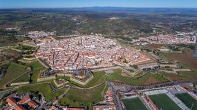 _ Η πορτογαλική παλαιά πόλη Elvas στα σύνορα με την Ισπανία πυροβολήθηκε από τον ουρανό στοκ φωτογραφία με δικαίωμα ελεύθερης χρήσης