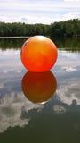 Η πορτοκαλιά σφαίρα Στοκ φωτογραφίες με δικαίωμα ελεύθερης χρήσης