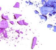 Η πορφύρα και το μπλε που συντρίβονται αποτελούν τη σκόνη χρώματος Στοκ φωτογραφία με δικαίωμα ελεύθερης χρήσης