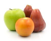 Η πράσινη Apple και αυξήθηκε Apple Στοκ φωτογραφία με δικαίωμα ελεύθερης χρήσης
