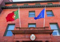 Η πρεσβεία ΕΚ Portugeuse της Πορτογαλίας σημαιοστολίζει τη σφραγίδα Washington DC Στοκ Εικόνα