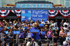 Η προεδρική Χίλαρι Κλίντον παρευρίσκεται στη συνάθροιση «βγαίνει της ψηφοφορίας», Λ Στοκ Εικόνες