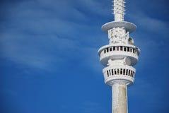 η προοπτική βουνών ο πύργο&si Στοκ Φωτογραφίες