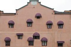 Η πρόσοψη ενός κτηρίου Στοκ Εικόνα