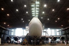 η πτήση Boeing διατηρεί κάτω Στοκ Φωτογραφίες