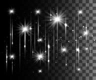 Η πυράκτωση απομόνωσε την άσπρη διαφανή επίδραση, φλόγα φακών, έκρηξη, ακτινοβολεί, γραμμή, λάμψη ήλιων, σπινθήρας και αστέρια Γι στοκ εικόνα