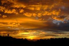 Η πυράκτωση του ηλιοβασιλέματος Στοκ Φωτογραφία
