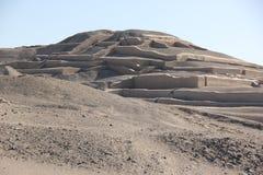 Η πυραμίδα σε Cahuachi, Περού στοκ εικόνα