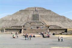 Η πυραμίδα ήλιων σε Teotihuacan EN Μεξικό Στοκ φωτογραφία με δικαίωμα ελεύθερης χρήσης