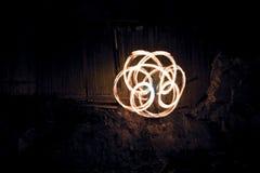 Η πυρκαγιά παρουσιάζει στη βιομηχανική θέση Στοκ Φωτογραφίες