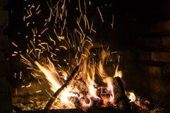 Η πυρκαγιά στο φούρνο Στοκ φωτογραφία με δικαίωμα ελεύθερης χρήσης