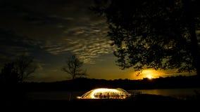 Η πυρκαγιά POI/το περιστρεφόμενο μαλλί χάλυβα στη λίμνη Chewalla στη Holly αναπηδά τα κράτη μέλη Στοκ Φωτογραφίες