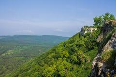 Η πόλη σπηλιών του chufut-Kale, Κριμαία, περιοχή Bakhchsarai στοκ φωτογραφία με δικαίωμα ελεύθερης χρήσης