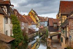 Η πόλη της Colmar είναι διακοσμημένη για τα Χριστούγεννα στοκ εικόνα με δικαίωμα ελεύθερης χρήσης