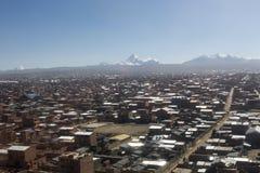 Η πόλη του Λα Παζ υψηλή στα βουνά των Άνδεων στη Βολιβία Στοκ εικόνες με δικαίωμα ελεύθερης χρήσης