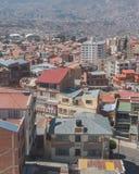 Η πόλη του Λα Παζ υψηλή στα βουνά των Άνδεων στη Βολιβία Στοκ Εικόνες