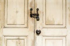 η πόρτα κλείδωσε ξύλινο Στοκ φωτογραφίες με δικαίωμα ελεύθερης χρήσης