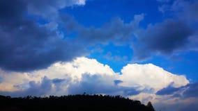 Η πόρτα στον μπλε παράδεισο στοκ εικόνες