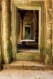 Η πόρτα στο ναό Ankor Wat σε Siem συγκεντρώνει Στοκ Φωτογραφίες
