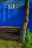 Η πόρτα της εκκλησίας του Nativity της Virgin είναι ένα ξύλινο tem στοκ φωτογραφία με δικαίωμα ελεύθερης χρήσης