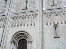 Η πόλη του Βλαντιμίρ καθεδρικός ναός dmitrievskiy Η γλυπτική πετρών Στοκ Φωτογραφία