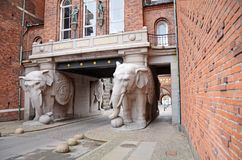 Η πύλη ελεφάντων στο ζυθοποιείο Carlsberg στην Κοπεγχάγη, Δανία Στοκ Φωτογραφία