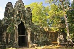 Η πύλη νίκης Angkor Thom, Angkor περιοχή, Siem συγκεντρώνει Στοκ φωτογραφίες με δικαίωμα ελεύθερης χρήσης