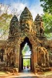 Η πύλη σε αρχαίο Angkor Thom σε Siem συγκεντρώνει, Καμπότζη Στοκ εικόνες με δικαίωμα ελεύθερης χρήσης