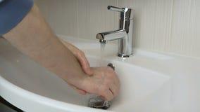 Η πλύση προσώπων παραδίδει το λουτρό απόθεμα βίντεο