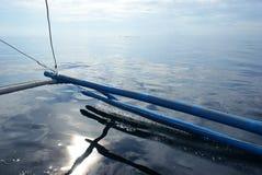 Η ράγα βαρκών στον ωκεανό στοκ φωτογραφία με δικαίωμα ελεύθερης χρήσης