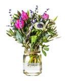 Η ρομαντική ανθοδέσμη των τουλιπών, lavender ανθίζει και φύλλα ευκαλύπτων στο αναδρομικό ύφος Στοκ φωτογραφίες με δικαίωμα ελεύθερης χρήσης