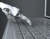 Η ρομποτική συμπίεση χεριών εισάγει το κλειδί στο πληκτρολόγιο r εργασία με το πληκτρολόγιο υπολογιστών στοκ εικόνα με δικαίωμα ελεύθερης χρήσης