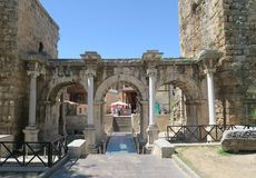Η ρωμαϊκή πύλη Hadrians σε Antalya Oldtown Kaleici, Τουρκία Στοκ Φωτογραφίες