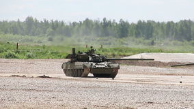 Η ρωσική δεξαμενή τ-80U απόθεμα βίντεο