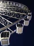 Η ρόδα του Λίβερπουλ, ρόδα ηχούς του Λίβερπουλ, ρόδα Ferris τη νύχτα στοκ φωτογραφία με δικαίωμα ελεύθερης χρήσης