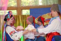 Η σκηνή Ð ¾ ν είναι χορευτές και τραγουδιστές, δράστες, μέλη χορωδιών, χορευτές corps de ballet, soloists του ουκρανικού συνόλου  Στοκ φωτογραφία με δικαίωμα ελεύθερης χρήσης