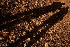 Η σκιά δύο ανθρώπων στοκ φωτογραφίες με δικαίωμα ελεύθερης χρήσης
