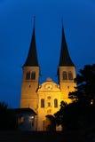 Η σοβαρή εκκλησία - Hofkirche, σε Λουκέρνη, Ελβετία Στοκ Εικόνες