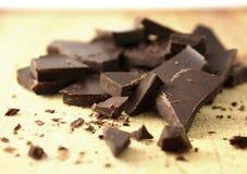 η σοκολάτα τεμάχισε το σκοτάδι Στοκ εικόνα με δικαίωμα ελεύθερης χρήσης