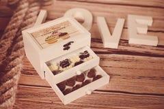 Η σοκολάτα μεταχειρίζεται Στοκ εικόνα με δικαίωμα ελεύθερης χρήσης