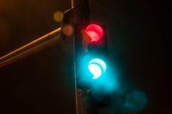 Η στάση, πηγαίνει, βροχή Στοκ φωτογραφία με δικαίωμα ελεύθερης χρήσης