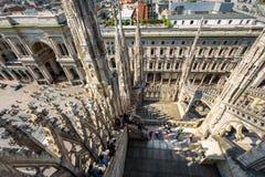 Η στέγη του καθεδρικού ναού του Μιλάνου στοκ φωτογραφία