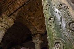 Η στήλη ματιών κοτών ` s μέσα στη δεξαμενή βασιλικών, μια βυζαντινή δεξαμενή στη Ιστανμπούλ, Τουρκία Στοκ φωτογραφίες με δικαίωμα ελεύθερης χρήσης