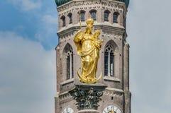 Η στήλη Mariensäule στο Μόναχο, Γερμανία. Στοκ Εικόνες
